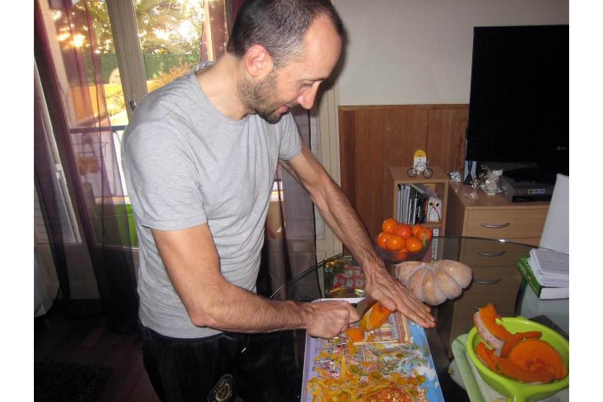 """Il corridore Davide Rebellin racconta la sua """"cucina alternativa"""". Un fai da te che lo rende vincente"""