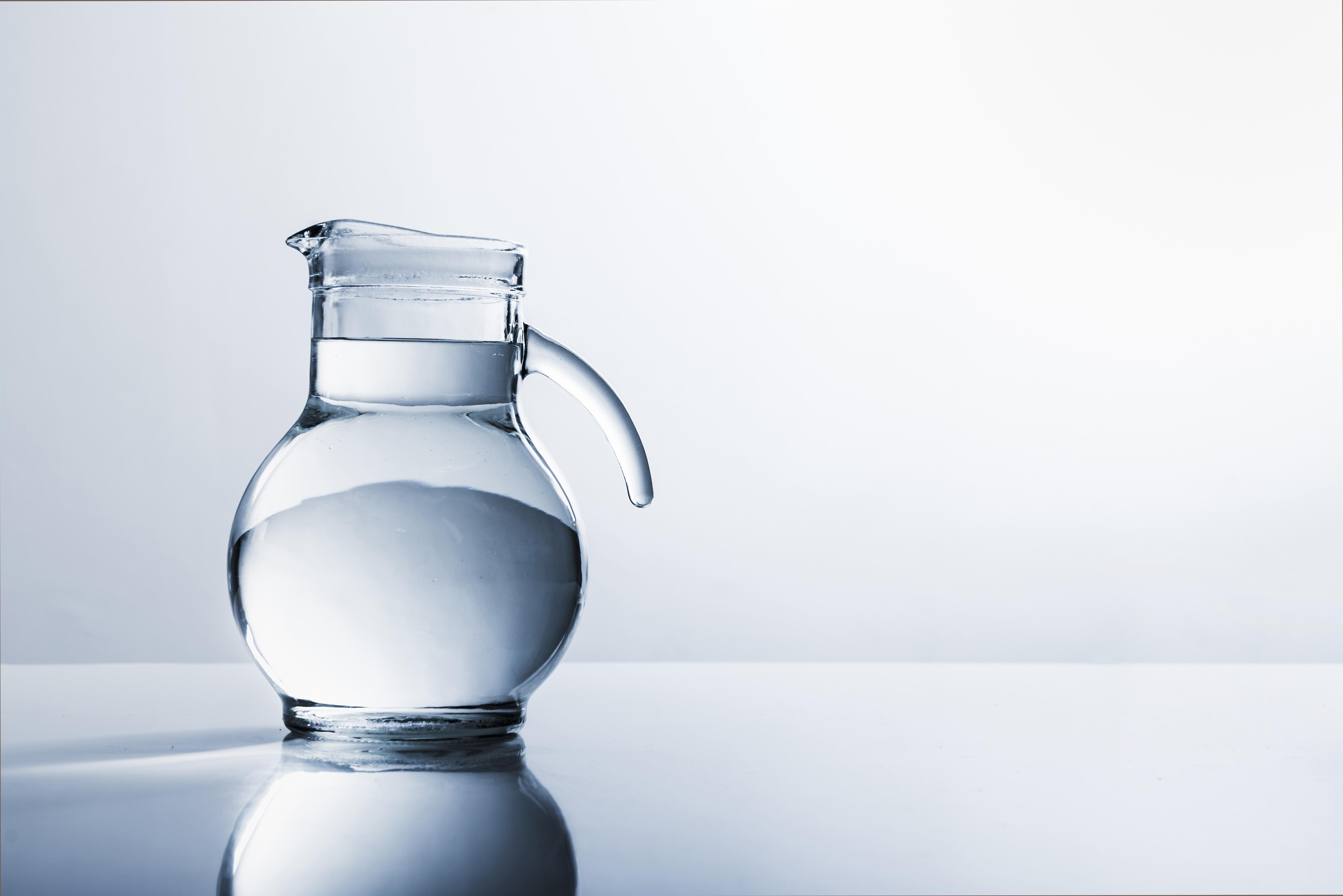 Acqua alcalinizzata: è utile? Come ottenerla?